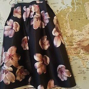 Floral Midi Skirt Chicwish